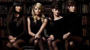 4 filles discrètes