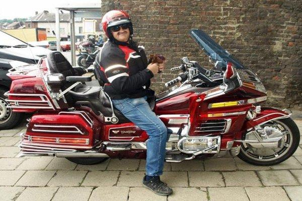 """Hommage à mon vieux copain et Ami Didier dit """"nounours"""" décédé pendant sa lourde opération de l'aorte...Président du MC Nivelles...sa passion c'était la moto...!"""