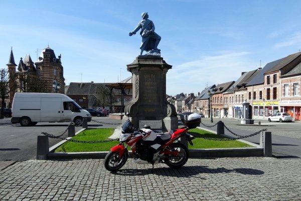Superbe sortie en France en passant par solre le Chateau...et sous un beau soleil...!