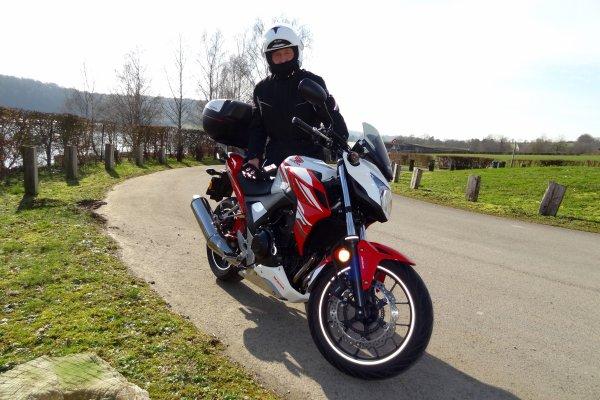 Petite sortie moto même pas froid...et super heureux d'avoir avaler quelques Kilomètres...!