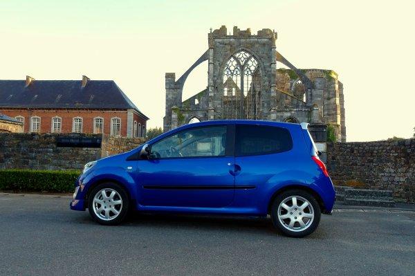 Quelques photos en passant par l'Abbaye d'Aulne..!