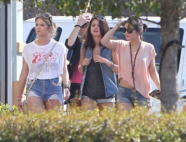 Look de Selena Gomez : Sur le tournage de Spring Breakers