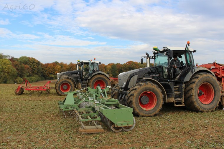 Semis de blé :  Fendt 939 & 927 Black Beauty !