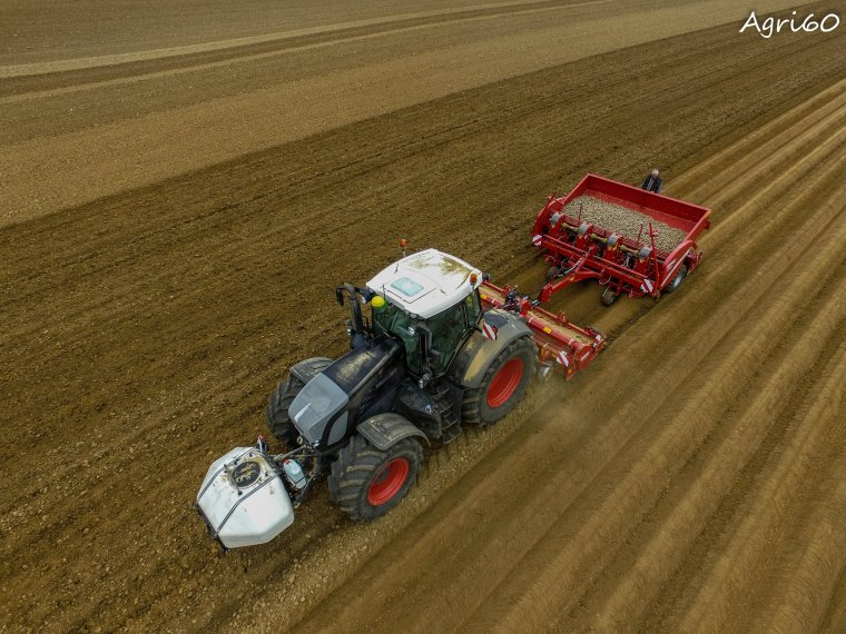 FENDT 939 & 927 BB + Grimme ( Plantation de pdt)