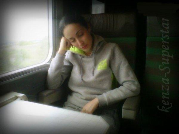 Kenza en mode sieste  ;)