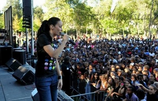 Kenza en concert à Marseille