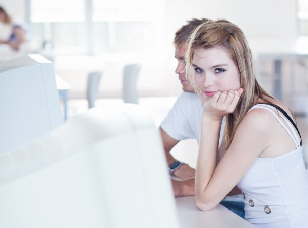 Same Day Payday Loans With No Fee -Fiscal Assistance For Your Bad Economic
