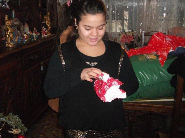 moi ki ouvre mon cadeau surprise