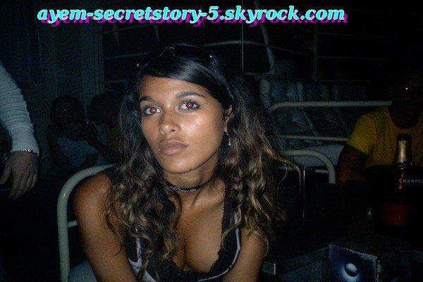 Look + photos d'avant secret stoty