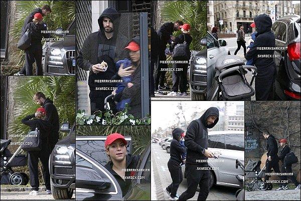 17 février 2013 : Shakira, Milan & Gérard allant au restaurant Passeig de Gracia à  Barcelone