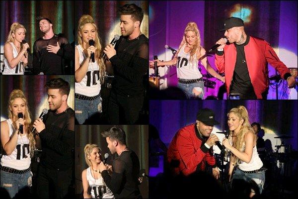 25 mai 2017 : Shakira a donné un concert lors du lancement de son nouvel album El Dorado à Miami Shakira a entre autre chanté Deja vu en duo avec Prince Royce, ainsi que Perro fiel avec Nicky Jam, j'adore cette dernière chanson !