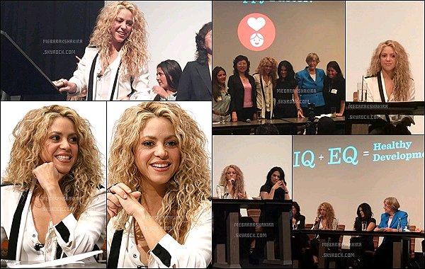24 Septembre 2015 : Shakira s'est rendu à un hôtel pour donner une conférence pour Fisher Price à NY. La jolie blonde colombienne a entre autre abordé les thèmes de l'éducations des jeunes enfants, de ses propres enfants, de la paix...