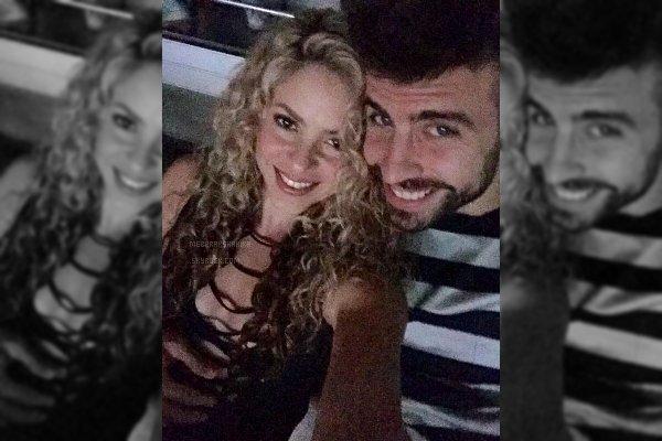 5 Octobre 2015 : Shakira & Gerard sont allés voire U2 en concert lorsqu'ils étaient de passage à Barcelone La belle colombienne a l'air d'avoir adoré le concert, elle a posté une photo sur son compte Twitter : At U2's awesome concert ! Shak