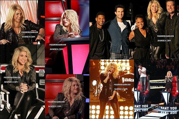 25 mars 2013 : Shakira lors du première épisode de The Voice US.S. était vraiment superbe ! Certaines photos ont été prises avant la diffusion de l'épisode. J'aime beaucoup ce que Shakira porte, elle est ravissante !