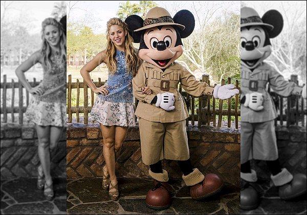 21 février 2016 : Shakira a fait plusieurs interviewdans le parc Disney Animal Kingdom à Orlando S. était trop mignonne durant ces interview ! :) J'aime beaucoup sa gestuelle et son beau sourire, elle est vraiment trop craquante♥