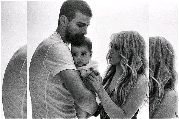 23 mai 2013 : Shakiraa pris une photo avec le photographe Marc Baptiste à Los Angeles aux USA. Suite à la séance photo, Marc Baptiste a posté sur Twitter :J'adore photographierShakiraaliasShak-Attaque, elle estgéniale!!