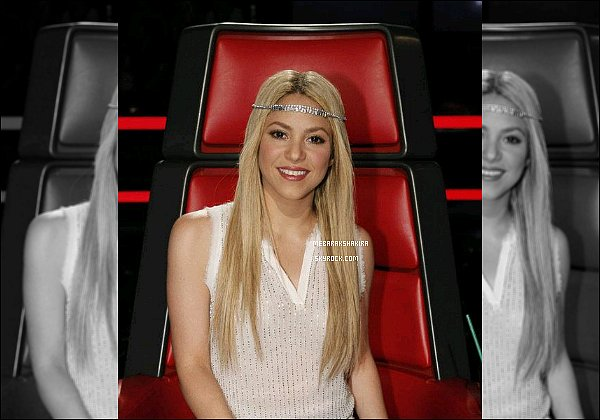 THE VOICE ● EPISODE 10 Juin 2013 ● Photo promotionne de la jolie Shakira pour The Voice Shakira était toute belle :) J'aime bien son headband, ça reste simple tout en ajoutant une petite touche bohème. Encore un TOP !