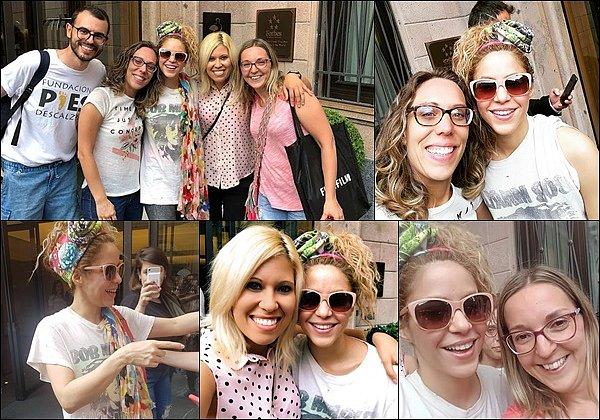 21 Juin 2018 : Shakira a encore une fois enflammé la scène, cette fois à Milan en Italie La colombienne était au TOP ! Toujours super sexy et pleine d'énergie sur scène ! Une vraie déesse *__*