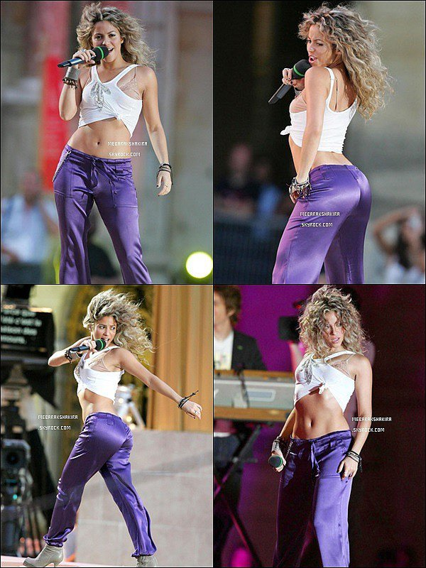 21 Juin 2005 : Shakira chantant à la fête de la Musique au château de Versailles