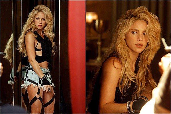 Shakira a dévoilé le clip de Chantaje avec Maluma! Elle est juste renversante ! J'adore sa perruque rose, son ensemble noir et doré est TOP, ses tenues sont superbes et qu'elle est sexy ! Qu'en pensez-vous ? *__*