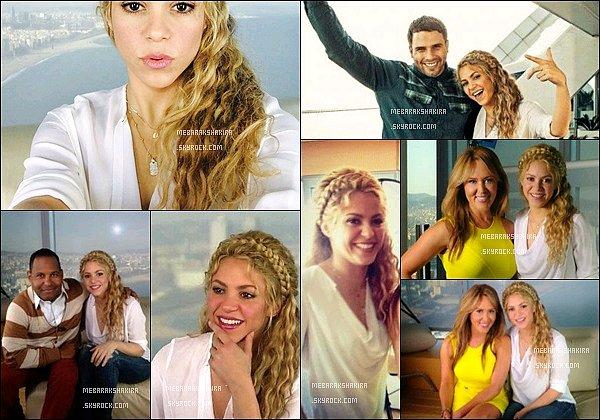 10 mars 2014 : Shakira a donné plusieurs interview dans la même journéà l'hôtel WàBarcelone Pour commencé la belle a été interviewé pour Primer impacto, puis par Tanya Charry pour l'émission el gordo y la flaca