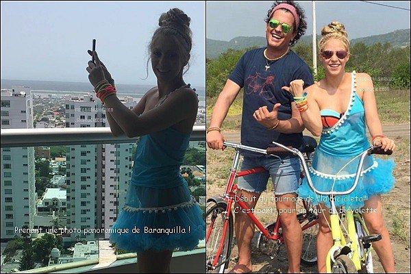 19 mai 2016 : Shakira a posté deux nouvelles photos lors de son séjour dans sa ville natale Baranquilla Elle est toute jolie en revanche son haut bleu asymétrique est affreux ! Je n'aime pas du tout, en revanche sa petit jupe est adorable