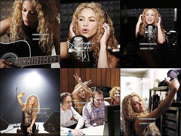 Nouvelles photos promotionnelles de Shakira pour T-Mobile, elle est magnifique les cheveux bouclés ♡