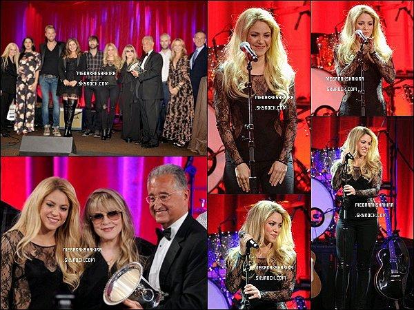 13 mai 2014 : Shakira et les autres coach sur le plateau de The Voice