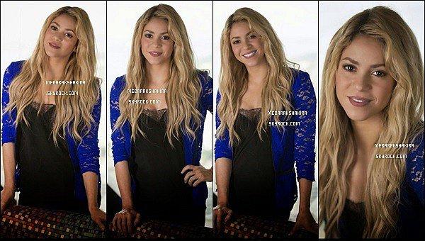 12 juillet 2014 : Shakira & Carlinhos Brown durant la conférence de presse à Río de Janeiro
