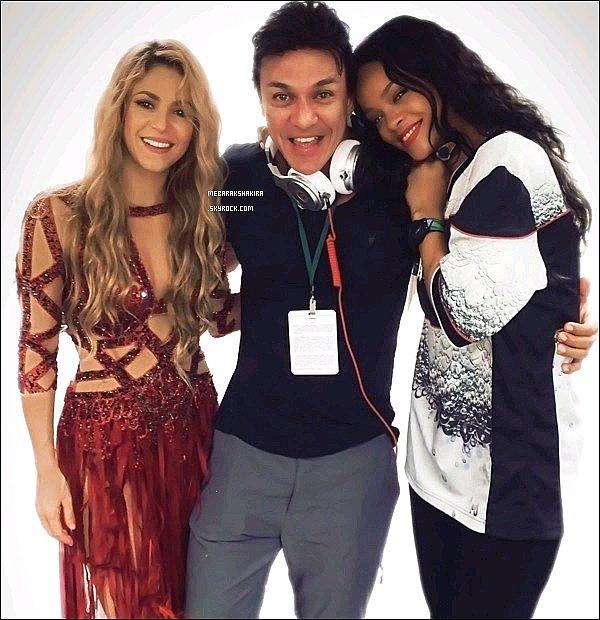 Nouvelle photo de Shakira & Rihanna lors de la cérémonie de clôture le 13 juillet dernier