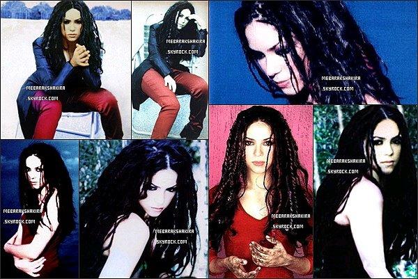 Voici le photoshoot promotionnel pour l'album ¿Dónde están los ladrones? réalisé en 1998. Shakira a bien changé depuis les années 90' ! En tout cas, elle était très belle avec ses cheveux au naturel.