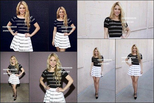 Nouvelles photos de Shakira le 1er mai dernier lors des Iheart Radio Music Awards 2014
