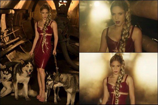 14 septembre 2017 : une nouvelle vidéo de Shakira est sortie, la belle annonce la sortie de Perro Fiel ! Shakira est adorable ! C'est génial de pouvoir voir les premiers extraits du clip, il a l'air absolument génial, hâte de le voir en entier !!