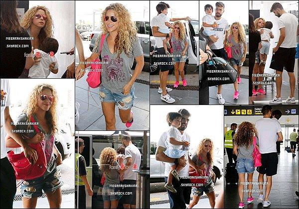 3 Juillet et 2015 : Shakira a fait une partie de tennis à Coworth Park à Ascot en Grande Bretagne