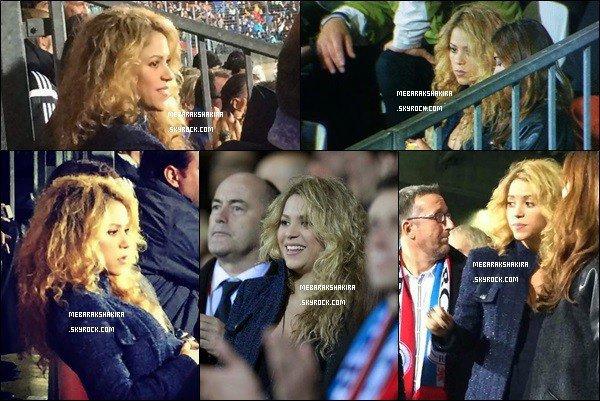 16 Octobre 2014 : Mlle Mebarak accompagné de son frère Tonino sortant de chez l'esthéticienne à Barcelone