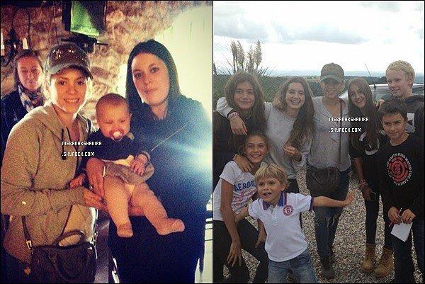 5 Octobre 2014 : Mlle Mebarak est allé ramassé des champignons dans la forêt avec Gérard et des amis. La belle colombienne a posté une photo sur Twitter, avec la légende : Journée des champignons ! Shak