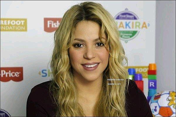 Nouvelles vidéos d'interviews de Shakira lors du lancement de sa collection Fisher Price