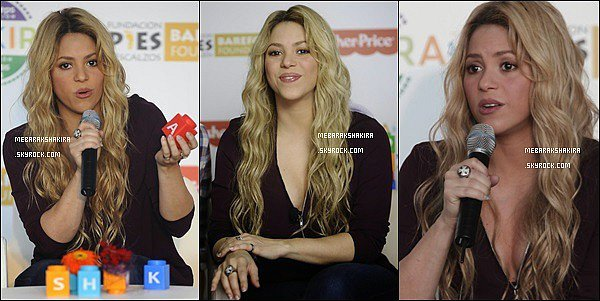 27 Octobre 2014 :  La jolie Shakira était au lancement de sa collection Fisher Price à Barcelone Elle était toute belle & très naturelle, j'aime beaucoup sa tenue et ses bottines noir  ♡