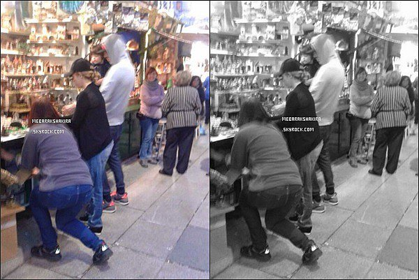 2 décembre 2014 : Shakira, Gerard & Milan au marché de noël à Barcelone