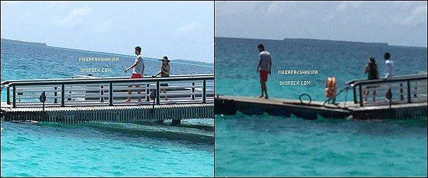 18 Juin 2015 : Shakira & Gerard sont allé faire du flyboard durant leurs vacances aux Maldives S. a posté une vidéo sur son compte Twitter : J'ai volé plus haut, c'est juste que ce n'est pas sur la vidéo !!! Shak