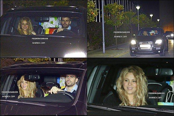 22 Janvier 2015 : Shakira, Gerard & Milan sortant de l'hôtel Juan Carlos Premier à Barcelone
