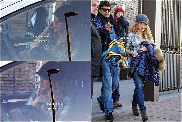 9 février 2015 : Shakira & Tonino allant chercher Milan à l'école