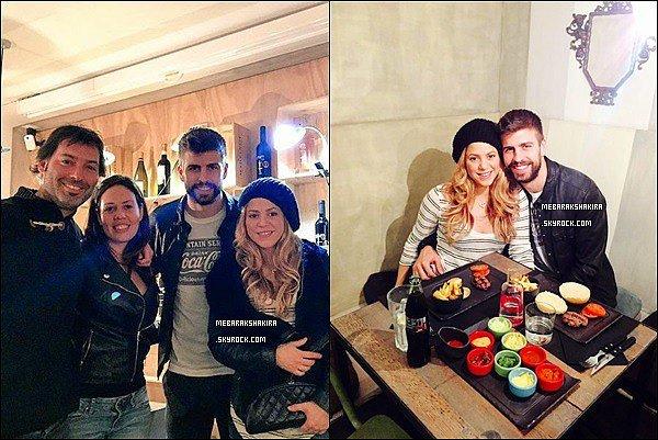 13 février 2015 : Shakira & Gerard sont allés manger au restaurant & ont pris des photos avec des fans