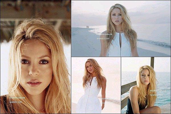 De nouvelles photos d'un photoshoot réalisé en 2009 par Jo Metson Scott sont sorties Shakira est très naturelle et vraiment ravissante sur ces photos ! J'aime beaucoup sa petite robe blanche au bord de la mer