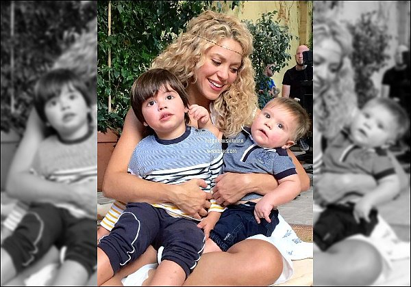 15 Octobre 2015 : Shakira a posté une nouvelle photo sur Twitter avec ses deux petits amours Légende du tweet : Avec mes deux vrais gourous #LoveRocks Shak https://www.youtube.com/watch?v=a564aCJWs7I