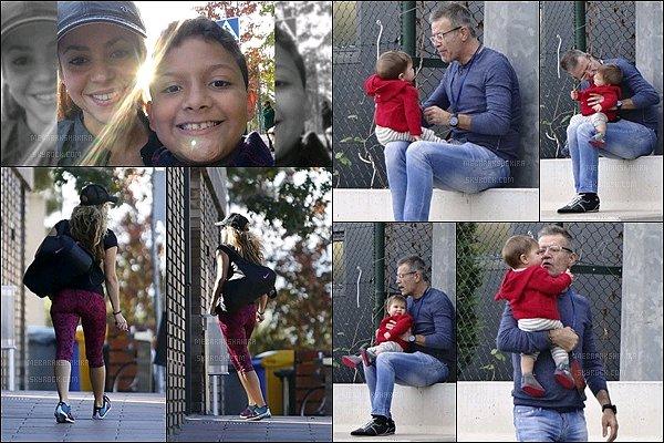 4 Novembre 2015 : Shakira est allée faire du sport,  un fan a pris une photo avec elle à Barcelone. Pendant ce temps là, le petit Sasha a passé un peu de temps avec son grand père paternel. Ils sont adorables tous les deux.