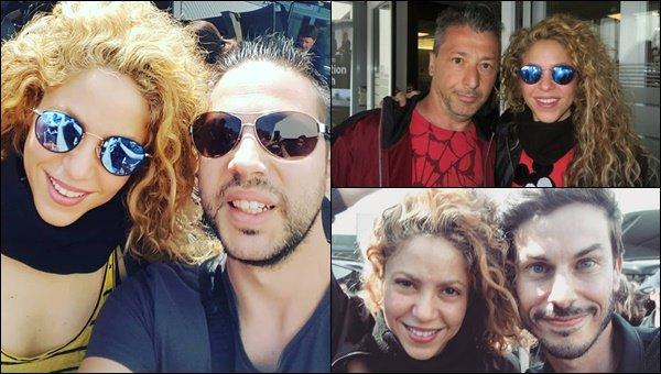 24 Juin 2018 : Shakira a pris quelques photos avec des fans très chanceux à Bordeaux en France S. était encore une fois rayonnante, elle semblait en grande forme pour son concert du soir ! Shakira sera à Montpellier le 25/06.