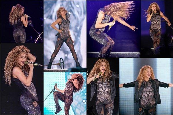 11 Octobre 2018 : Shakira a posté plusieurs vidéos via Instagram lors des préparations pour le concert de Mexico Shakira est encore une fois adorable, la belle colombienne entame la dernière partie de l'El Dorado World Tour en Amérique du Sud