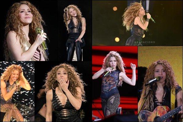 16 Octobre 2018 : Shakira continue sa tournée en Amérique Latine à Monterrey au Mexique Shakira était encore une fois au top de la forme ! J'adore le final avec les feux d'artifices, vraiment explosif !!