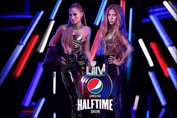 Shakira & Jennifer Lopez chanterons ensemble lors de la mi-temps du 100ème Super Bowl le 02/02/20 Les deux bombes latines vont enflammer le stade Hard Rock Stadium à Miami, cela va être un moment historique !